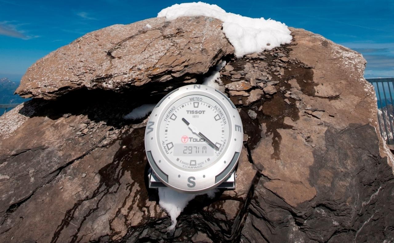 創新紀錄再攀高峰:天梭於「天梭表— 峰頂索橋」推出T-Touch Clock