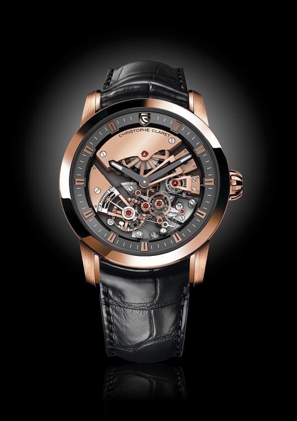 Christophe Claret Maestoso,白金與煙燻色PVD處理的5級鈦金屬錶殼 (經過拋光/打磨處理),錶徑44x52.1毫米,時、分顯示、4點鐘位置的恒定動力,DTC07手上鏈機芯,查理十世風格的鏤空漸進式板橋,動力儲能80小時,黑色鱷魚皮錶帶,限量20只。