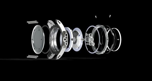 Engineer Hydrocarbon Arctic Chronometer計時腕錶防震達5,000Gs,防磁4800 A/m,加上密封系統,可帶來高達300米的防水性能。
