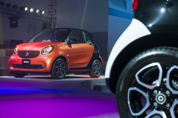 smart tridion安全車體可搭配多種顏色的車身鈑件,多達40種的色彩組合任君挑選。