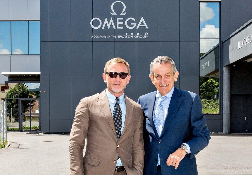 Daniel Craig參訪歐米茄瑞士Villeret的製錶廠,Seamaster海馬300系列《SPECTRE》限量版腕錶即將上市