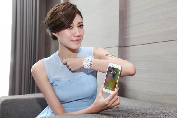 Martian智慧錶搭配多樣化錶帶,更適用任何市面上20mm錶帶及錶扣(如蝴蝶扣),可依外型搭配需求而隨意更換,讓整體更有型。