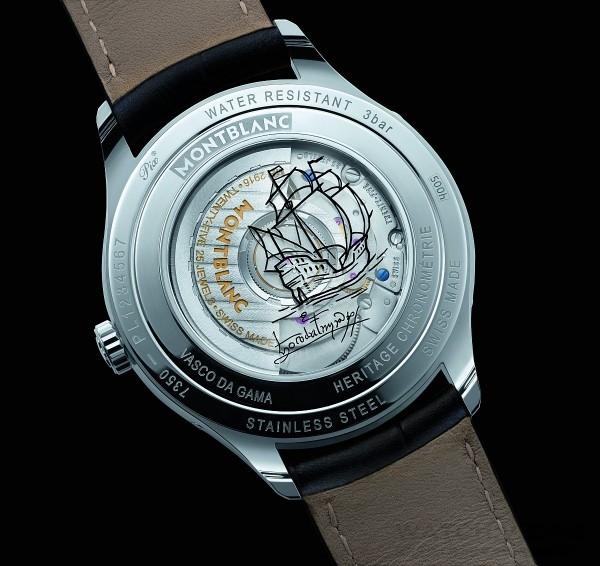 錶背後底蓋所旋入的藍寶石水晶玻璃窗格,刻劃著傳奇的航行帆船素描,展現著無畏的發現者和船員們的身影。