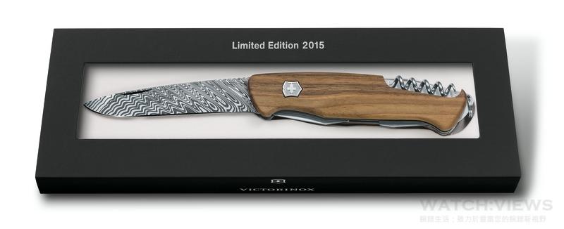 Victorinox呈獻大師之作,珍貴Damast大馬士革鋼材製成2015限量瑞士刀款