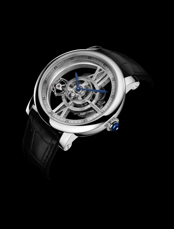 Rotonde de Cartier Astrotourbillon 天體運轉式陀飛輪鏤空腕錶,18K白金錶殼,錶徑47毫米,時、分指示、陀飛輪,9461MC 手上鍊機芯,儲能48 小時,藍寶石水晶錶背,鱷魚皮錶帶,防水300,限量100 只。