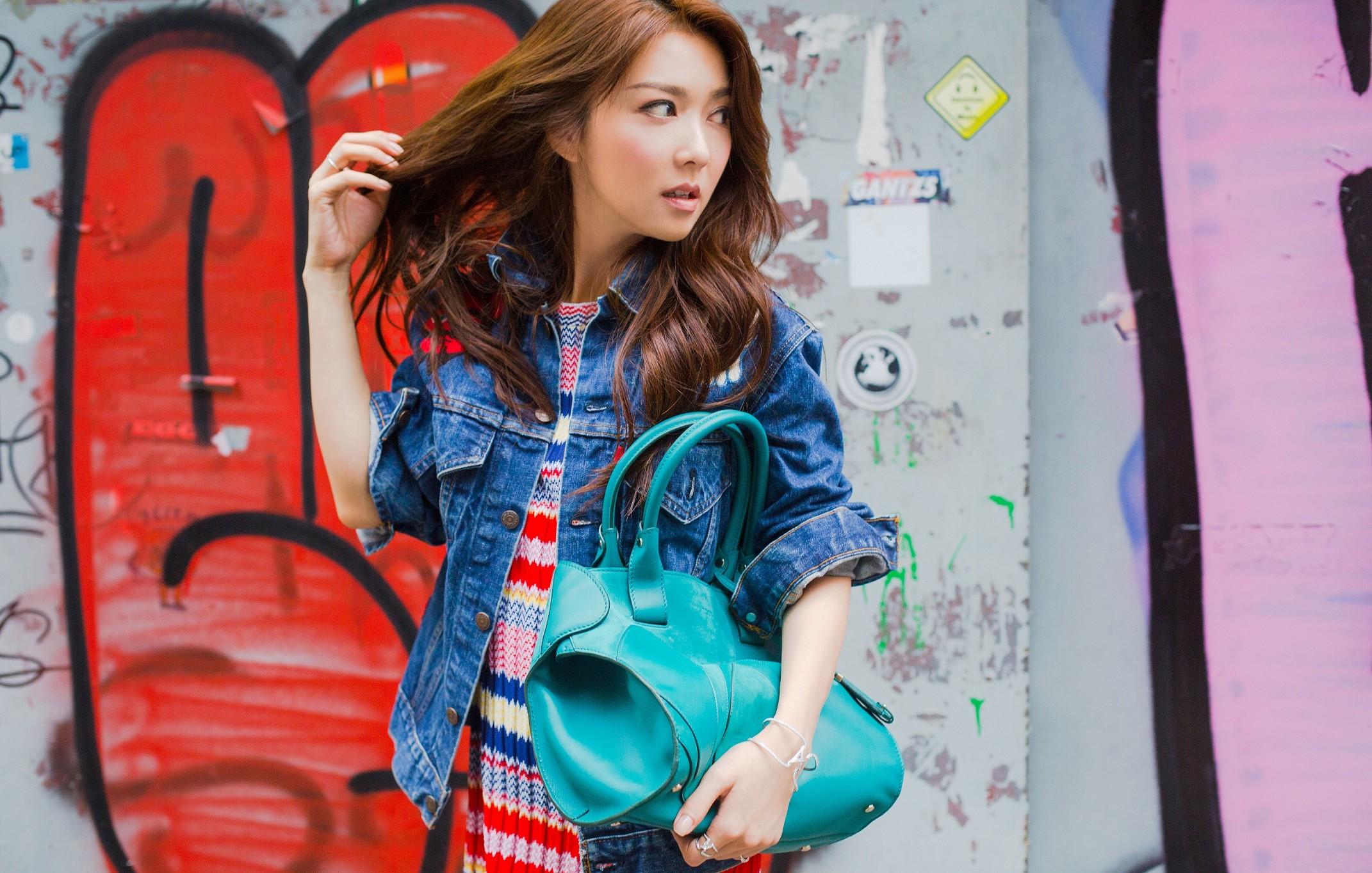 巴黎型格邂逅東方佳人,時尚街頭盡現Chaumet法式優雅