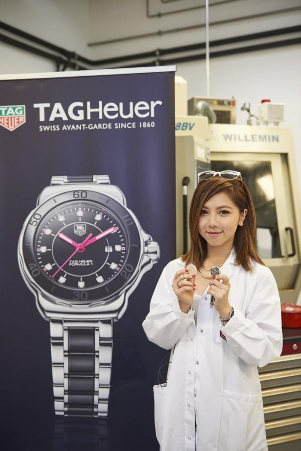 G.E.M.鄧紫棋展示Formula One女士精鋼陶瓷腕錶-GEM限量款