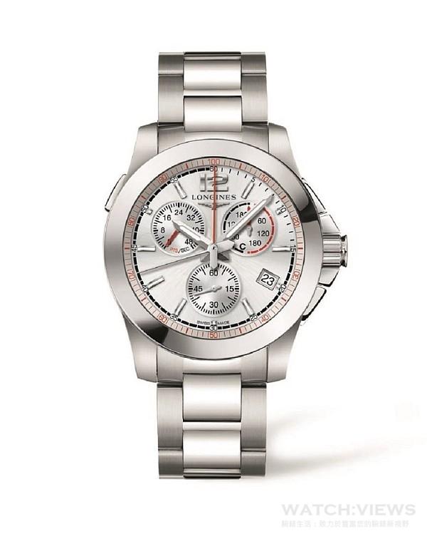浪琴表征服者系列馬術障礙賽腕錶,型號L3.701.4.76.6,建議售價NT$51,900,這款全新計時碼錶的圓形不鏽鋼錶殼直徑41毫米,底蓋鐫刻代表賽駒跳躍障礙的設計圖案,藍寶石水晶玻璃保護著黑色或銀色面盤。此時計可顯示小時、分鐘與日期,並搭載中央秒針以及6點鐘小秒計盤。位於中央的紅色指針指示面盤周邊1/100秒刻度,具備10點鐘失誤計盤,以及2點鐘計分規則表(表A與表C)以及秒數計盤,45秒倒數刻度讓使用者能在每位參賽騎師士的開始搖鈴響起後進行倒數計時。此錶配備搭載摺疊式安全扣的不鏽鋼錶鏈。