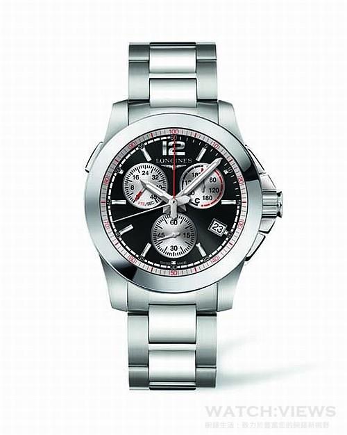 浪琴表征服者系列馬術障礙賽腕錶,型號L.701.4.56.6,建議售價NT$51,900,這款全新計時碼錶的圓形不鏽鋼錶殼直徑41毫米,底蓋鐫刻代表賽駒跳躍障礙的設計圖案,藍寶石水晶玻璃保護著黑色或銀色面盤。此時計可顯示小時、分鐘與日期,並搭載中央秒針以及6點鐘小秒計盤。位於中央的紅色指針指示面盤周邊1/100秒刻度,具備10點鐘失誤計盤,以及2點鐘計分規則表(表A與表C)以及秒數計盤,45秒倒數刻度讓使用者能在每位參賽騎師士的開始搖鈴響起後進行倒數計時。此錶配備搭載摺疊式安全扣的不鏽鋼錶鏈。