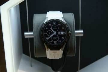 TAG Heuer泰格豪雅推出《TAG Heuer Connected》智能腕錶