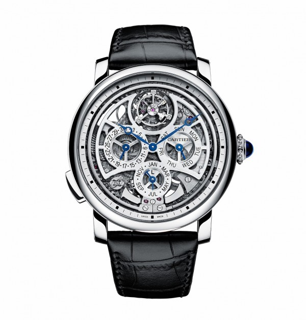 Rotonde de Cartier大型複雜功能腕錶,950 鉑金錶殼,錶徑45 毫米,時、分指示、萬年曆( 日期、星期、月份)、陀飛輪、三問報時,406MC自動上鍊機芯,儲能50 小時,藍寶石水晶鏡面、後底蓋,鱷魚皮錶帶,防水30 米,日內瓦印記。