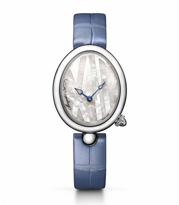 Naples 9807夢幻小公主系列,不鏽鋼弧面蛋形錶殼,帶有精細錢幣紋。藍寶石水晶底蓋。尺寸32.7 x 27.3毫米。防水深度達3 0米,586/1自動上鍊機芯,備有編號及寶璣簽名。40小時動力儲備。手工鐫刻950鉑金自動盤,直線瑞士槓桿擒縱機構,矽材質寶璣擺輪。振頻3Hz,皮錶帶,另附橡膠錶帶,定價NTD499,000。