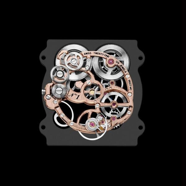 一只上乘的鏤空錶在鏤空主機板和夾板時,必須要剔除最大程度的多餘部分,顯示出空靈的感覺;當然也得考慮機芯的整體美感,又不能削弱夾板支撐、固定零件的能力,對工藝技術和美學涵養的雙重要求是非常高的。圖為Carier Tank Louis Cartier Skeleton藍寶石水晶鏤空腕錶所搭載的9622MC手上鍊機芯。