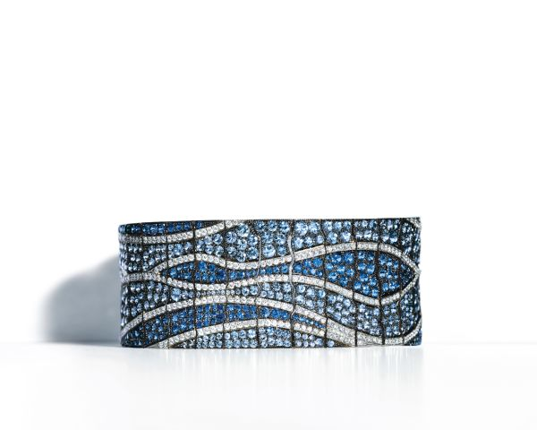 Tiffany 圓形蒙大拿藍寶石搭配鑽石鉑金手鍊,NTD7,095,000