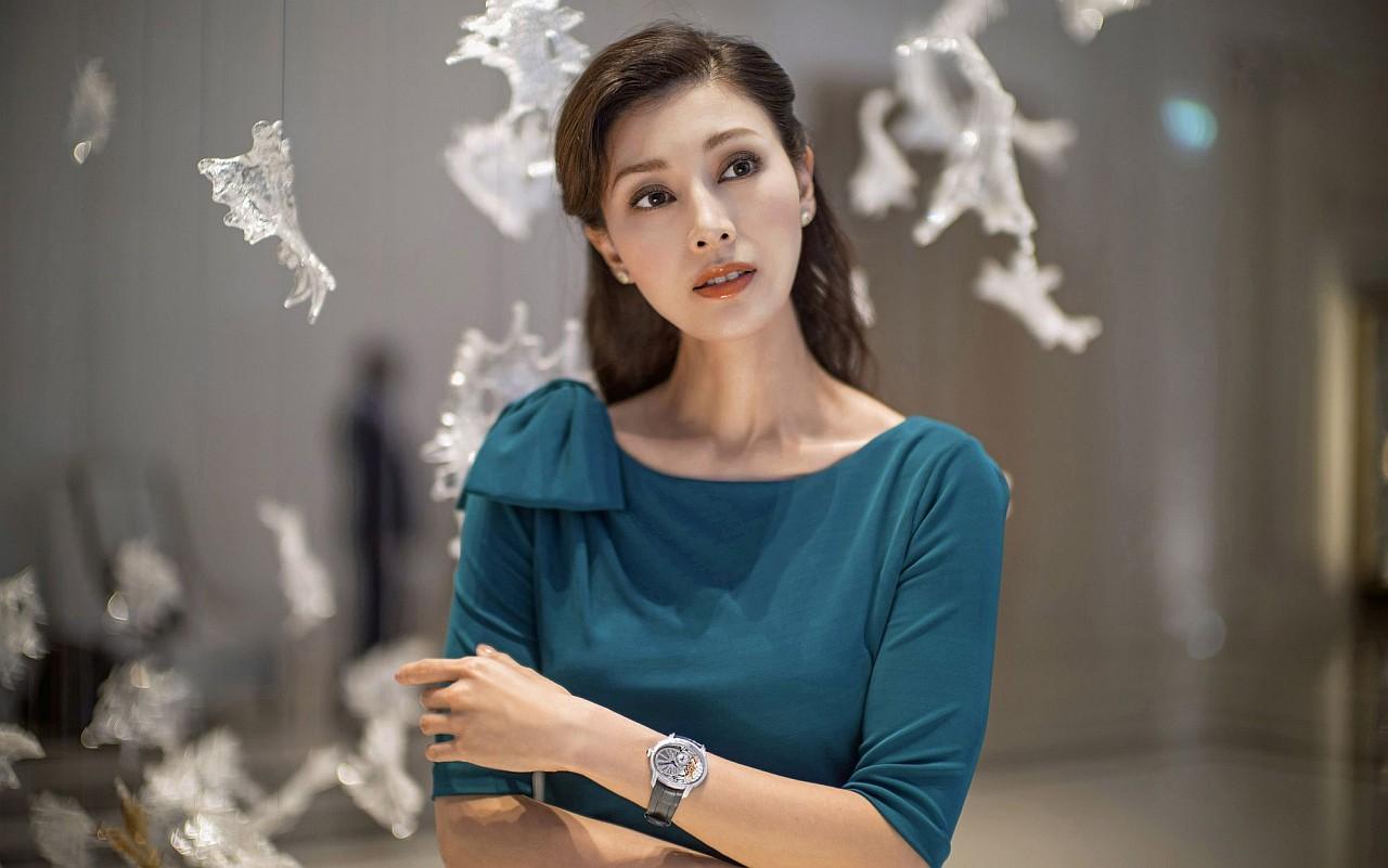 【精彩女錶推薦三之一】別開生面的優雅氣質:Audemars Piguet Millenary千禧女裝系列腕錶