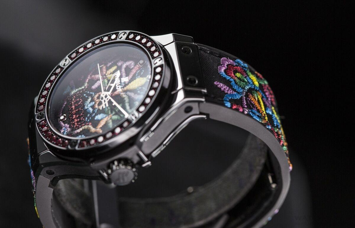 【2016日內瓦新品預覽】Hublot推出Big Bang糖果骷髏刺繡腕錶,融入高級訂製服靈感與精湛製錶工藝