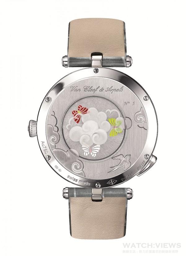 Lady Arpels Ronde des Papillons腕錶備有金雕及藍寶石水晶玻璃雕刻錶底蓋,透視亮漆擺陀。