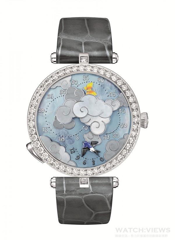 Lady Arpels Ronde des Papillons腕錶,18K白金錶殼,錶徑38毫米,錶圈鑲嵌鑽石,錶冠嵌飾單顆鑽石,珍珠母貝、金雕、設計呼應錶盤主題,自動上鍊機芯,搭配逆跳時針及變速分針,活動裝置模組可隨時啟動,為Van Cleef & Arpels梵克雅寶獨家設計,42小時動力儲存,活動裝置為Van Cleef & Arpels梵克雅寶專利設計,短吻鱷魚皮錶帶,白K金針扣鑲嵌鑽石。