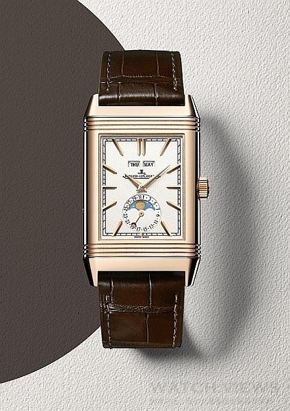 積家Reverso Tribute Calendar日曆翻轉系列腕錶(正面),Q3912420,價格未定。