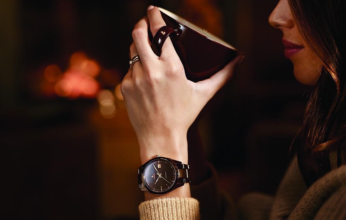 天冷,就戴上一只有溫度的錶吧!雷達表高科技陶瓷腕錶