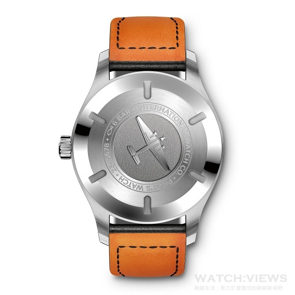 Mark XVII飛行錶的錶底蓋鐫刻圖案。