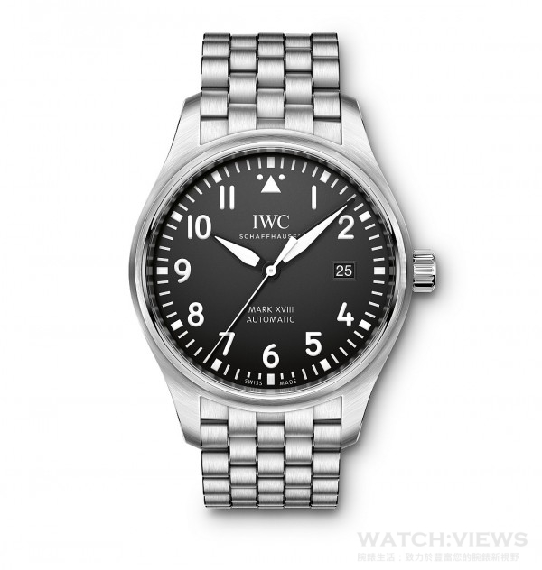 Mark XVII飛行錶,不鏽鋼錶殼,錶徑40毫米,時、分、中心大秒針、日期顯示, 30110自動上鍊機芯,振頻每小時28,800次/4赫茲,動力儲備 42小時,雙面防反光凸狀藍寶石玻璃錶鏡,軟鐵內殼保護機芯免受磁場效應影響,特殊鐫刻錶底,防水60米,不鏽鋼鏈帶。