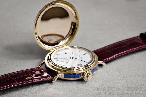 Perpetual_Calendar_Heritage_Limited_Edition_8341-0400_Lifestyle1