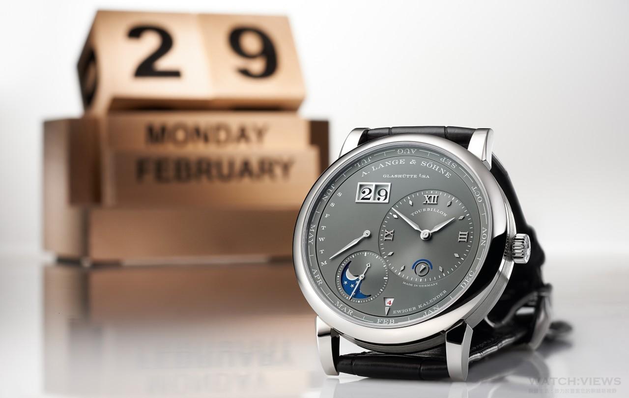 2月29日從此成為精密鐘錶鑑賞家的佳節:朗格全新Lange 1 Tourbillon Perpetual Calendar 18K白色黃金款式