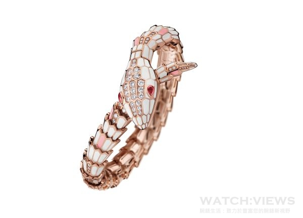 BVLGARI SERPENTI系列頂級珠寶腕錶,18K黃金錶殼與錶鏈,石英機芯,參考售價:約新台幣3,676,000元。
