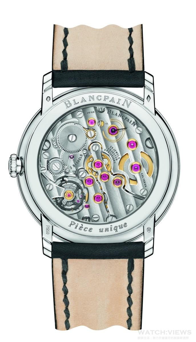 巨浪工藝腕錶搭載由著名的Cal.13R0手上鏈機芯所打造出的Cal.13R3A機芯。