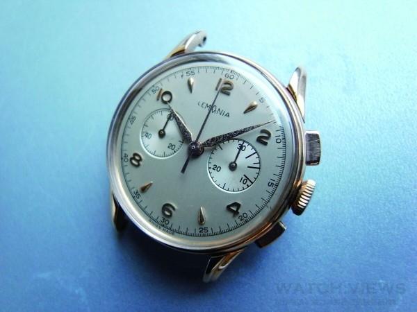 Lemania早年也做手錶,這是40年代的計時碼錶,搭載與Omega合作開發的計時機芯。