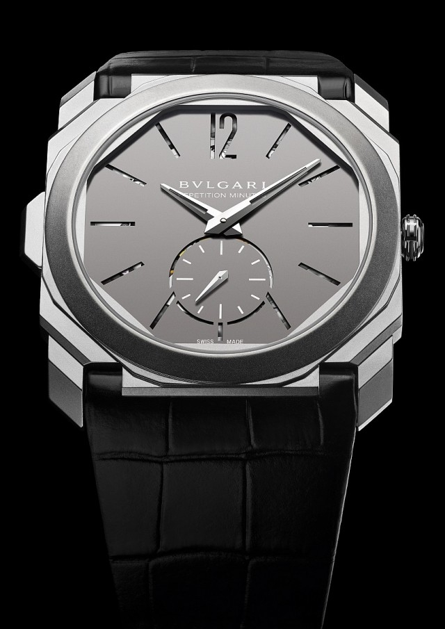 Octo Finissimo Minute Repeater超薄問錶,鈦金屬錶殼,錶徑40毫米,厚度 6.85毫米,時、分、小秒針、三問報時,BVL Calibre 362超薄手動上鍊三問機芯,42 小時動力儲存,防水30 米,硫化處理黑色鱷魚皮錶帶,三折式鈦金屬錶扣,參考價格約NTD5,190,000元。