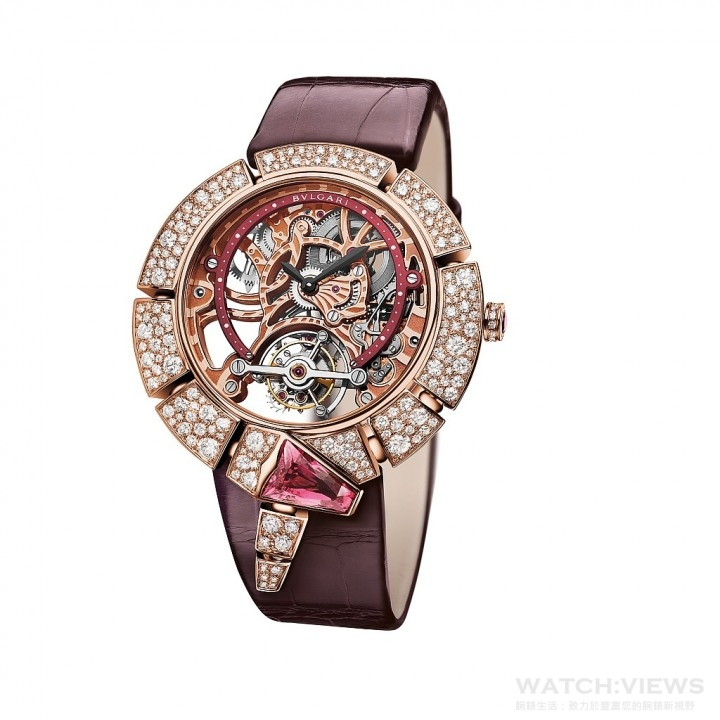 SERPENTI INCANTATI 鏤空陀飛輪女性腕錶玫瑰金款,限量發行 50只。