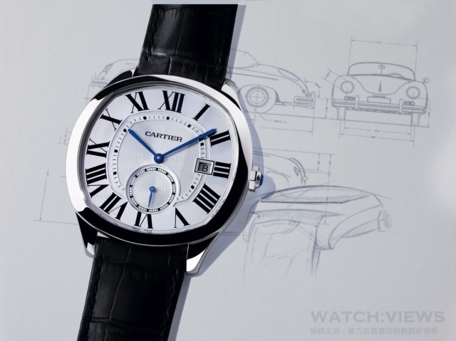 Drive de Cartier腕錶,不鏽鋼錶殼,錶徑40 x 41毫米,黑色雕紋錶盤,1904-PS MC型自動上鍊機芯,日內瓦印記,時、分、小秒針、日期顯示,透明後底蓋,鱷魚皮錶帶,建議售價NTD210,000 。