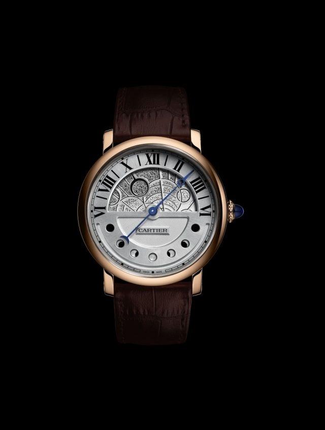 卡地亞Rotonde de Cartier晝夜顯示月相腕錶的夜間錶面顯示