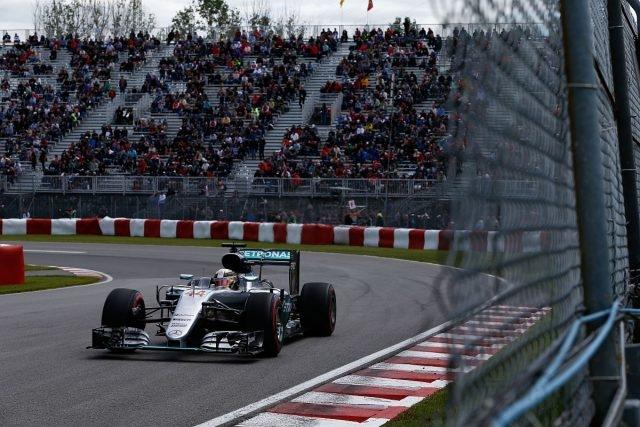 MERCEDES AMG PETRONAS陣中車手Lewis Hamilton不僅在排位賽中拿下桿位,更在正賽中一舉奪冠。