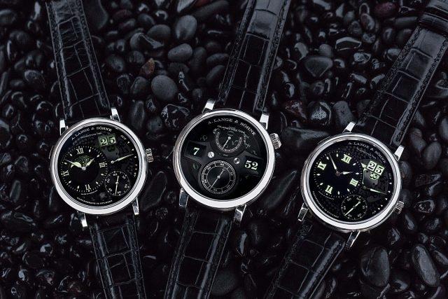 """朗格攜同三款腕錶傑作展開冰島之旅,尋找大自然的壯麗奇觀,rand Lange 1 """"Lumen""""、Zeitwerk """"Luminous""""及Grand Lange 1 Moon Phase """"Lumen""""三款腕錶攝於維克鎮黑灘。"""