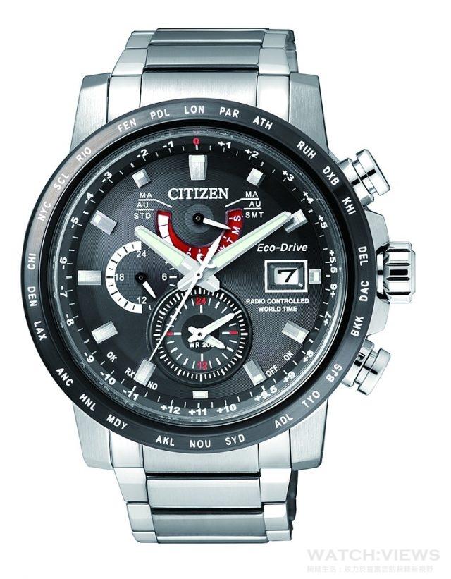 CITIZEN Eco-Drive全球電波對時錶,型號AT9071-58E,不鏽鋼錶殼,五局電波接收、26個世界城市時間、24小時制顯示、感光亮度等級指示、電量等級顯示、兩地時間、萬年曆、夏令時間光動能(充滿電後可連續運作8個月/省電模式),不鏽鋼錶帶,防水200米,定價NTD25,000,2016年最新形象廣告款,2016年7月上市。
