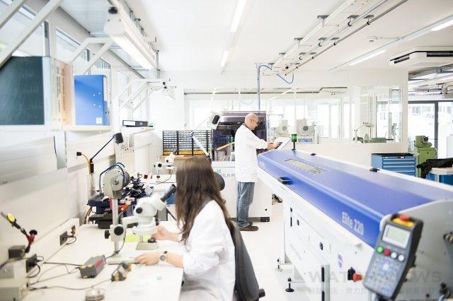 寶齊萊Lengnau製錶廠生產線