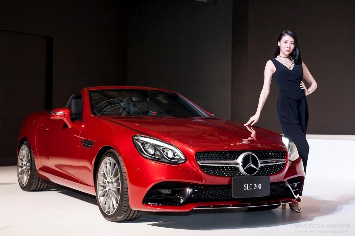 上空雙嬌於時尚伸展台驚艷現身:Mercedes-Benz 發表The new SL & The new SLC