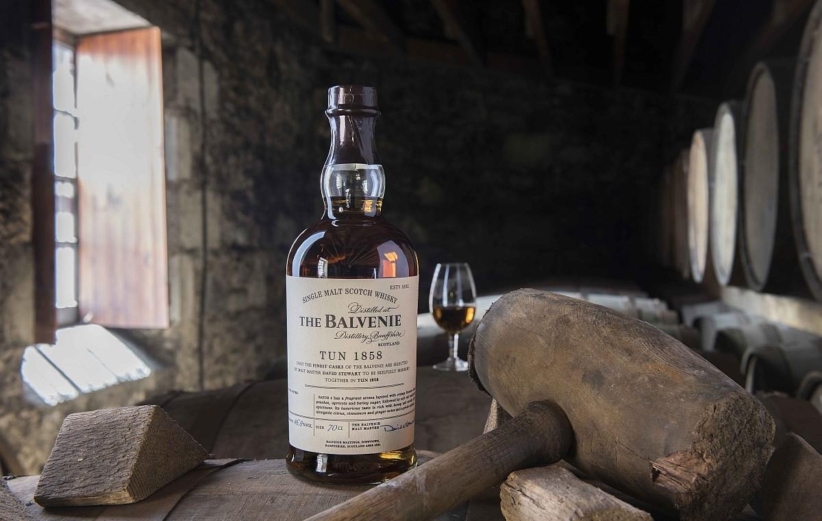 慶賀首席調酒大師大衛史都華榮獲大英帝國員佐勳章,THE BALVENIE百富1858號桶珍稀酒款第五批次限量登台
