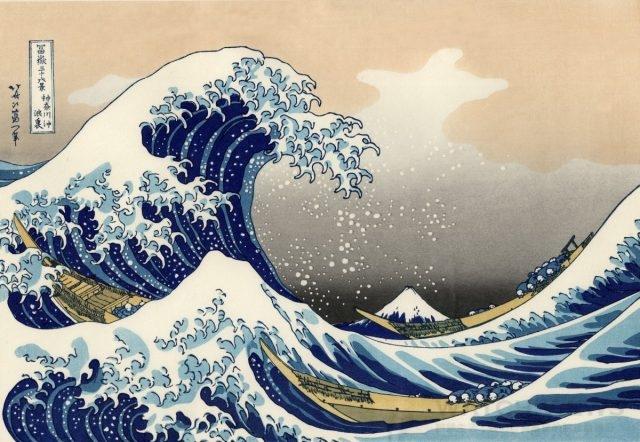 葛飾北齋( Katsushika Hokusai,1760~1849年),本名中島時太郎,1760年生於江戶(現東京),是日本江戶時代後期的浮世繪師,日本化政文化的代表人物。他14歲學雕版印刷,18歲便和另一位浮世繪師勝川春章學畫,開始了自己漫長且多產的畫畫生涯——但葛飾卻是等到了60歲以後才開始出名的。1826年,為了配合當時的日本內地旅遊業的發展(多半也因為個人對富士山的情有獨鐘),北齋以富士山不同角度的樣貌為題,創作了《富嶽三十六景》一系列的風景畫,因而遠近馳名,其中以《赤富士》和《神奈川沖浪裏》(圖示)最為知名。