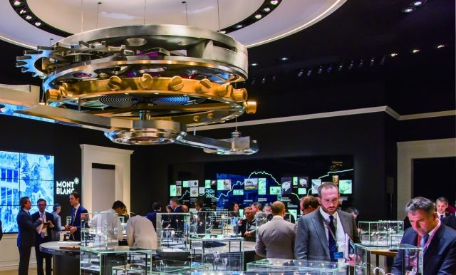自1906年創立以來,萬寶龍便以源自德國頂級工藝的完美品格精神,不斷地挑戰與創新。其後,更集合了品牌的悠久傳統與瑞士傳奇Minerva錶廠高級製錶工藝於一身,造就最優質的精緻時計和創新機芯。