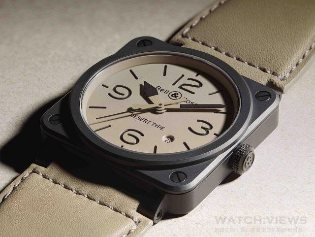 BR 03-92 Desert Type系列腕錶 陶瓷錶殼,錶徑42毫米,時、分、秒、日期顯示、夜光指針及時標,BR-CAL.302自動上鍊機芯,藍寶石水晶玻璃鏡面,防水100米,小牛皮錶帶內襯耐磨合成織物,建議售價NTD 130,400。