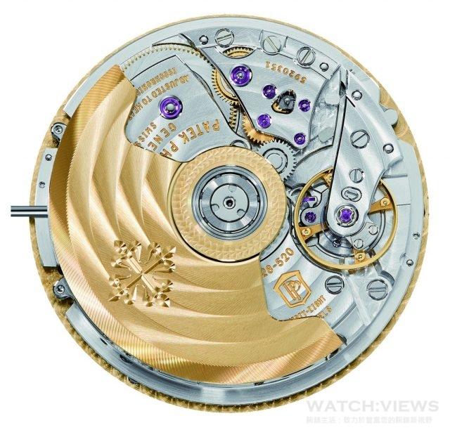 CH 28-520 HU自動上鍊機芯直徑33毫米,厚度7.91毫米,Spiromax游絲,Gyromax擺輪,單向上鍊21K金中央擺陀,動力儲存最少50小時,最多55小時,百達翡麗印記,2時位置按鈕可啟動及停止計時功能;4時位置按鈕可重設及計時秒針自動回位功能;10時位置按鈕可調校時區(時針將按1小時幅度前進,城巿顯示盤及二十四小時顯示環則按1/24幅度前行,三者同步調校)。