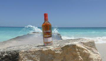 隨Glenfiddich品牌大使James詹昌憲探索古巴秘境,體驗格蘭菲迪21年經典加勒比海風情
