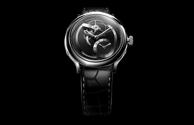 1770 Haute Voltige黑色PVD微珠打磨不鏽鋼錶殼,錶徑45毫米,時、分、兩地時間,MR07自動上鍊機芯,40小時動力儲存,藍寶石水晶玻璃鏡面,透明底蓋,防水30米,鱷魚皮錶帶。