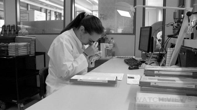 百達翡麗台灣服務中心(Patek Philippe international Clients Service, Taiwan)100%比照瑞士原廠高規格,維修師們就如同悉心看診的醫生一般,能夠讓收藏者清楚了解所擁有腕錶的機芯零件奧秘,一同找尋維修保養愛錶的最佳方案。