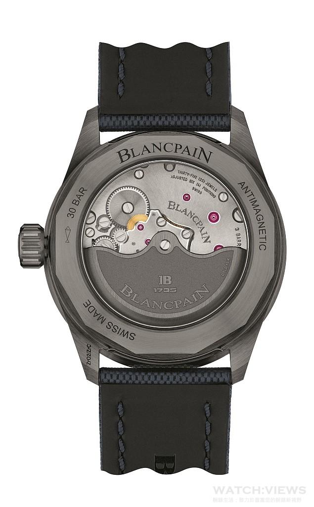BLANCPAIN五十噚系列Bathyscaphe深潛器腕錶搭載著名的Cal.1315自動上鏈機芯,帶來穩定可靠的堅固性和非凡的精準性。