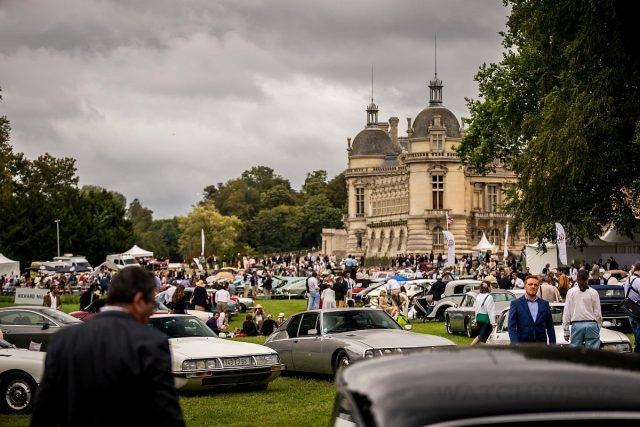 大批訪客蜂擁而至尚蒂伊城堡,只為一睹世界上最華麗而又極為罕見的汽車製造技術。